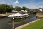 Goring Lock from the north.