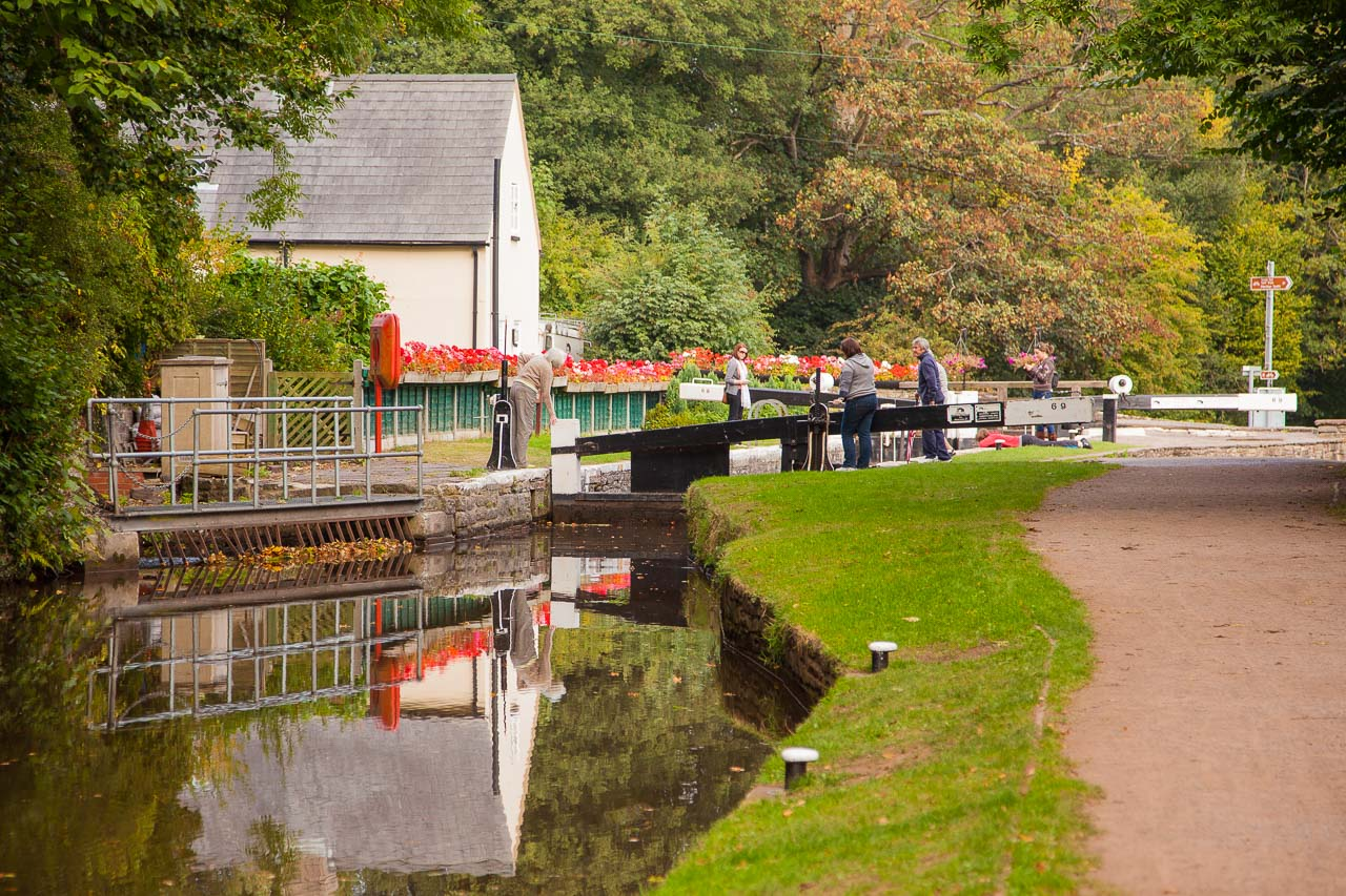 Mon & Brec canal - Looking E to Brynich Lock 69, 4km SE of Brecon.